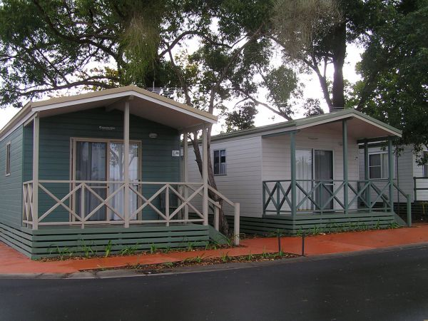 Poplar Tourist Park Camden - Accommodation in Surfers Paradise