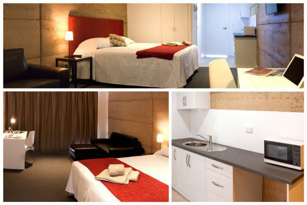 Crossroads Ecomotel - Accommodation in Surfers Paradise