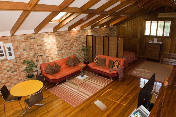 Bet's Bed and Breakfast Studio - Accommodation in Surfers Paradise