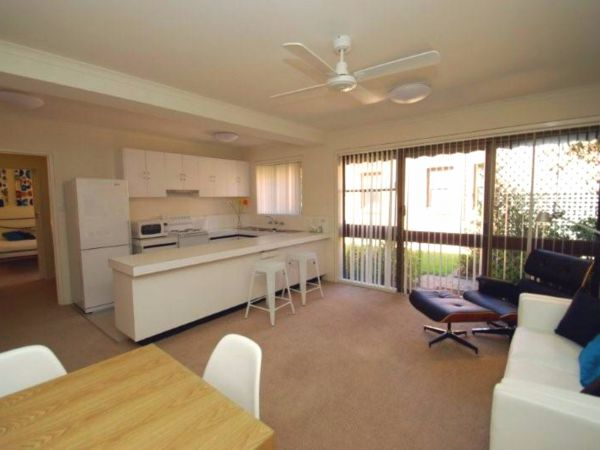 Ovens CBD Apartment 3 - Accommodation in Surfers Paradise