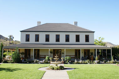 Ginninderry Homestead - Accommodation in Surfers Paradise