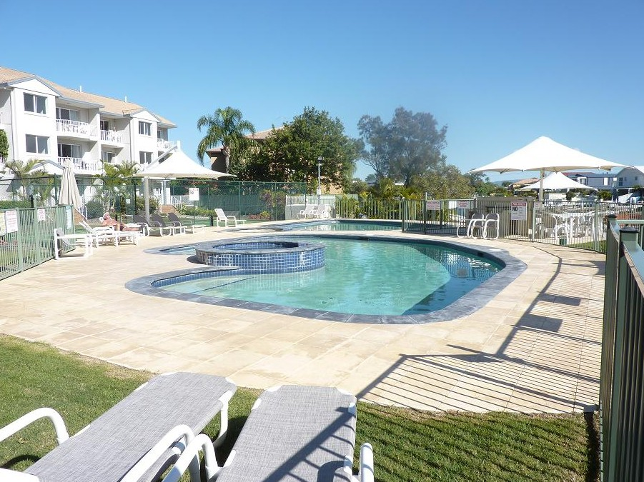 Pelican Cove - Accommodation in Surfers Paradise