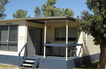 Sunset Beach Holiday Park - Accommodation in Surfers Paradise