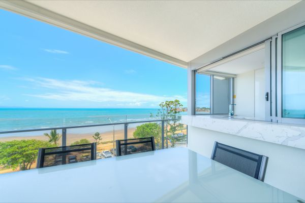 Salt Apartments - Accommodation in Surfers Paradise