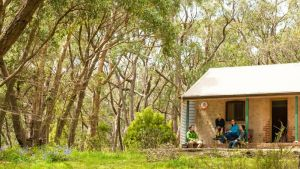 Mount Lofty Cottage YHA - Accommodation in Surfers Paradise