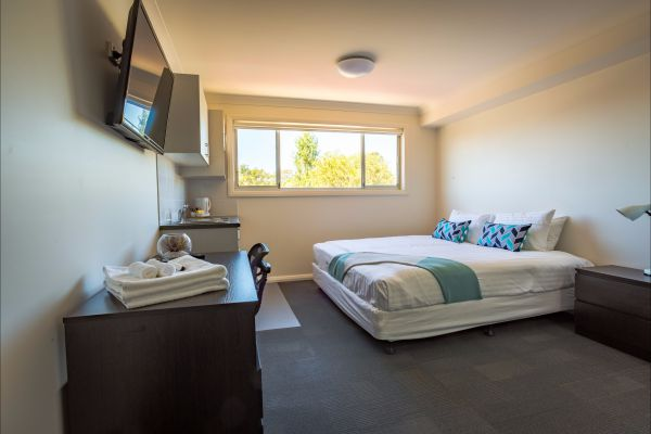 Aspire Mayfield - Accommodation in Surfers Paradise