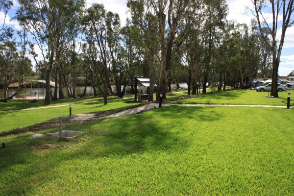 Bridgewater Public Caravan Park - Accommodation in Surfers Paradise