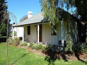 Cameron's Cottage - Accommodation in Surfers Paradise