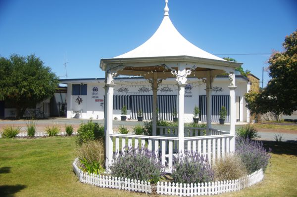 Gazebo Motor Inn - Accommodation in Surfers Paradise