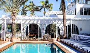 Halcyon House - Accommodation in Surfers Paradise