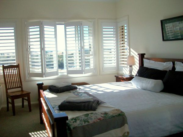 Heathcote Views Bed  Breakfast - Accommodation in Surfers Paradise