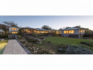 Jamberoo Valley Farm - Accommodation in Surfers Paradise