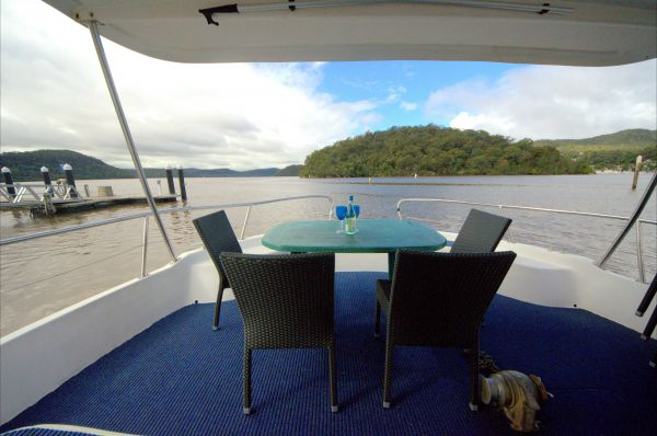 Luxury Afloat Hawkesbury River and Brooklyn - Accommodation in Surfers Paradise