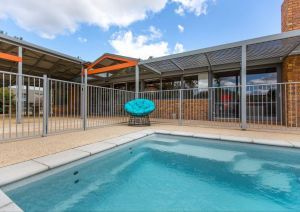 Serengale Retreat - Accommodation in Surfers Paradise