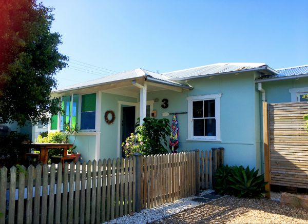 Atlantis Seafarers Cottage - Accommodation in Surfers Paradise