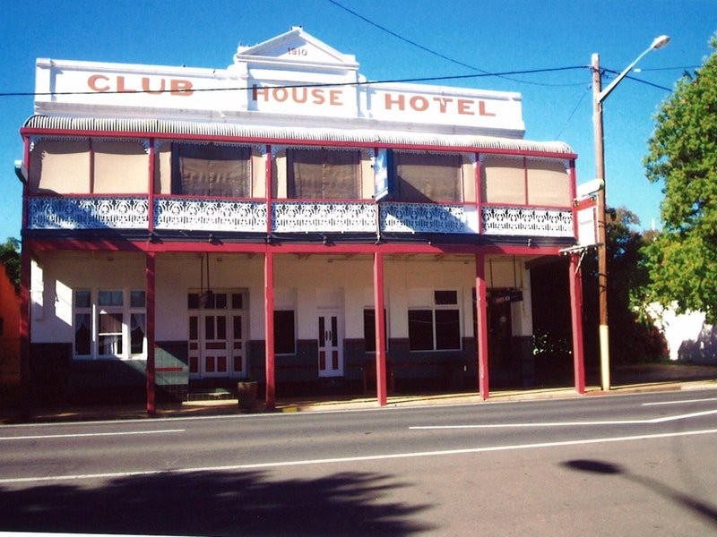 Club House Hotel - Accommodation in Surfers Paradise