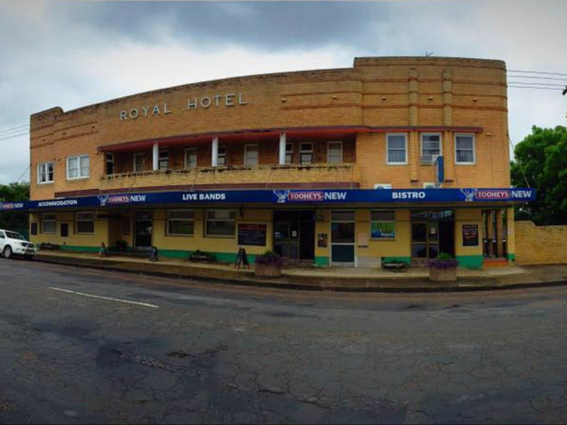 Royal Hotel Dungog - Accommodation in Surfers Paradise