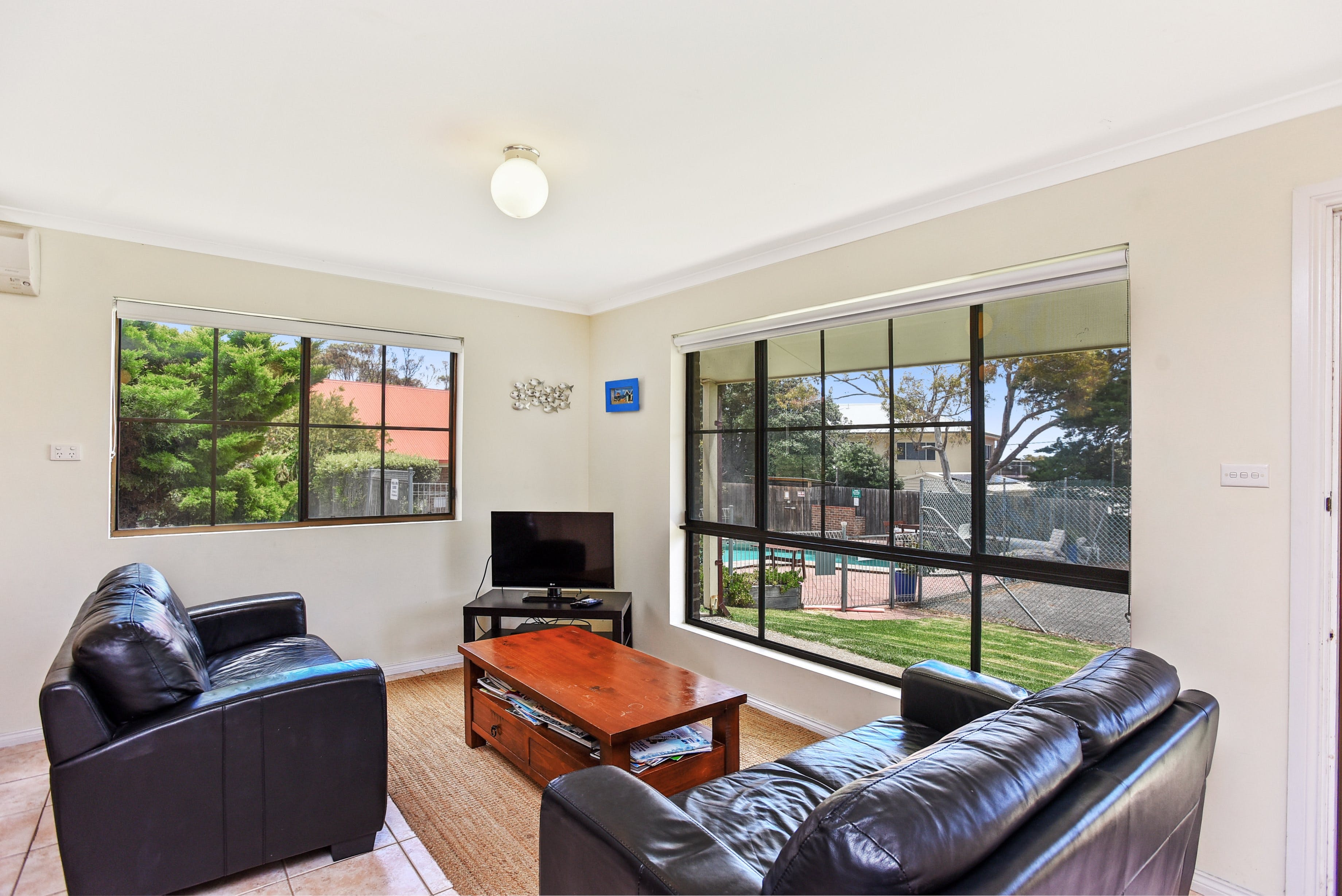 Unit 3 5-/ Surf Avenue Carrickalinga - Accommodation in Surfers Paradise