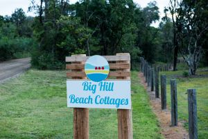 Big Hill Beach Cottages - Accommodation in Surfers Paradise