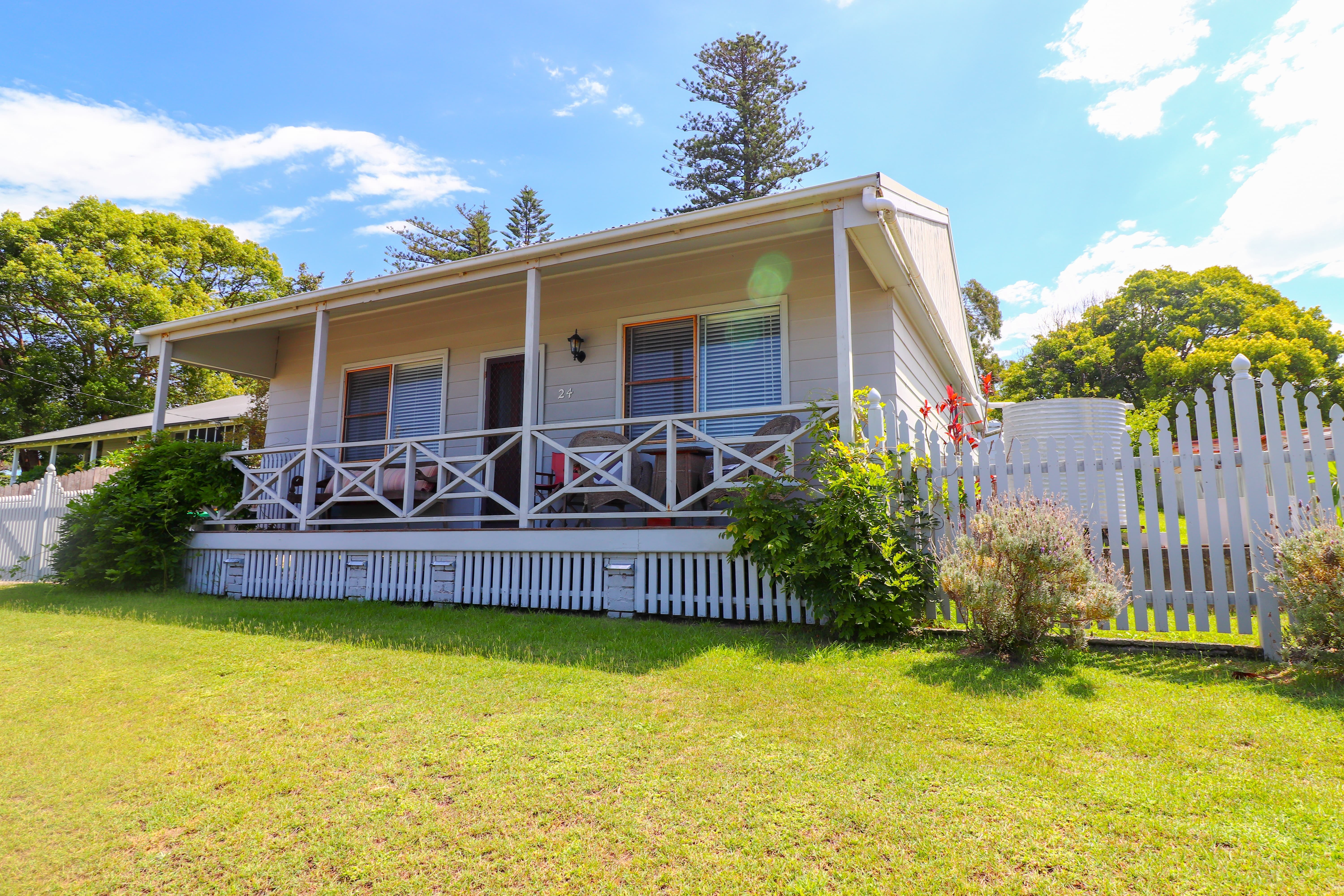 Embrace Cottage at Catherine Hill Bay - Accommodation in Surfers Paradise