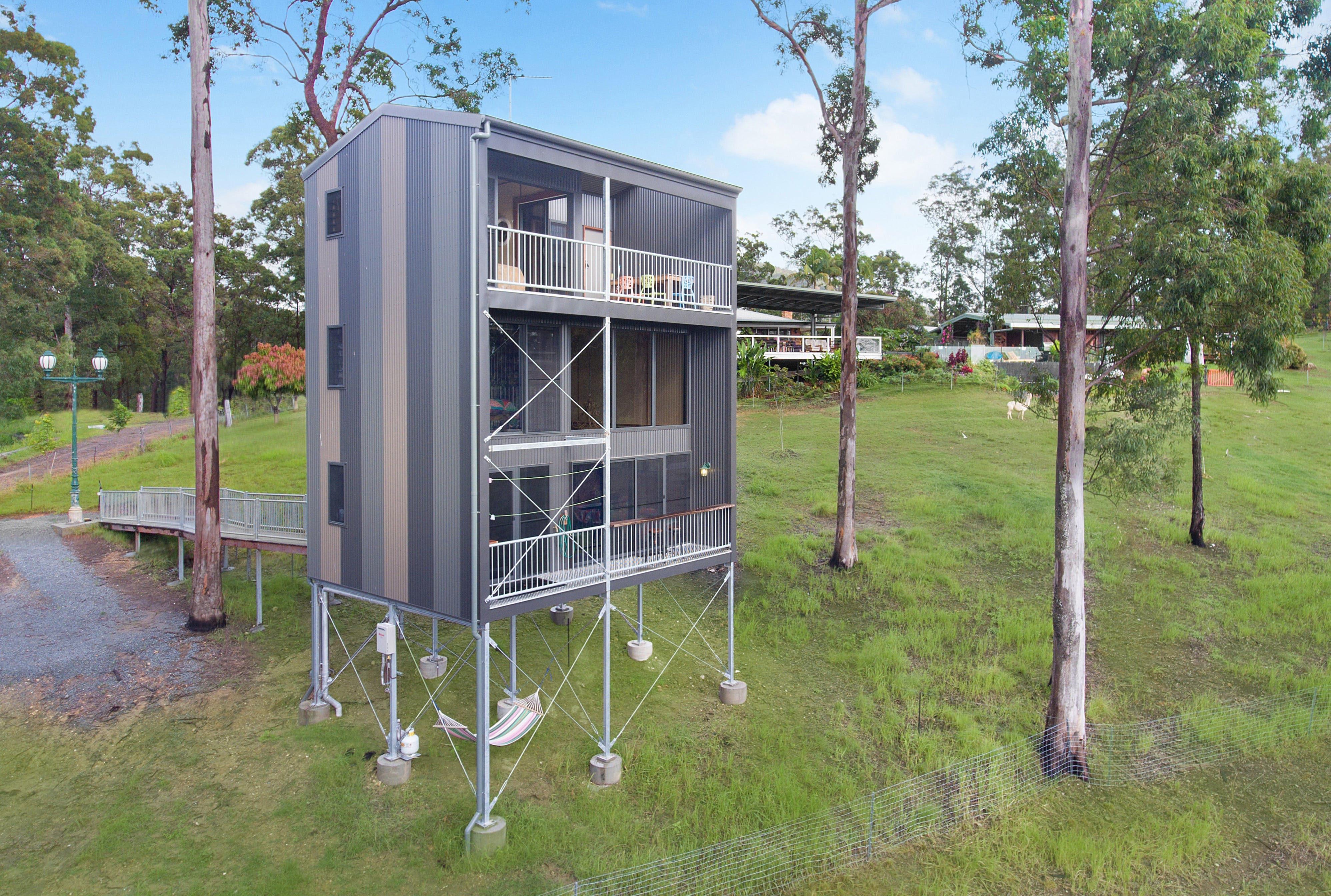 Gold Coast Tree Houses - Accommodation in Surfers Paradise