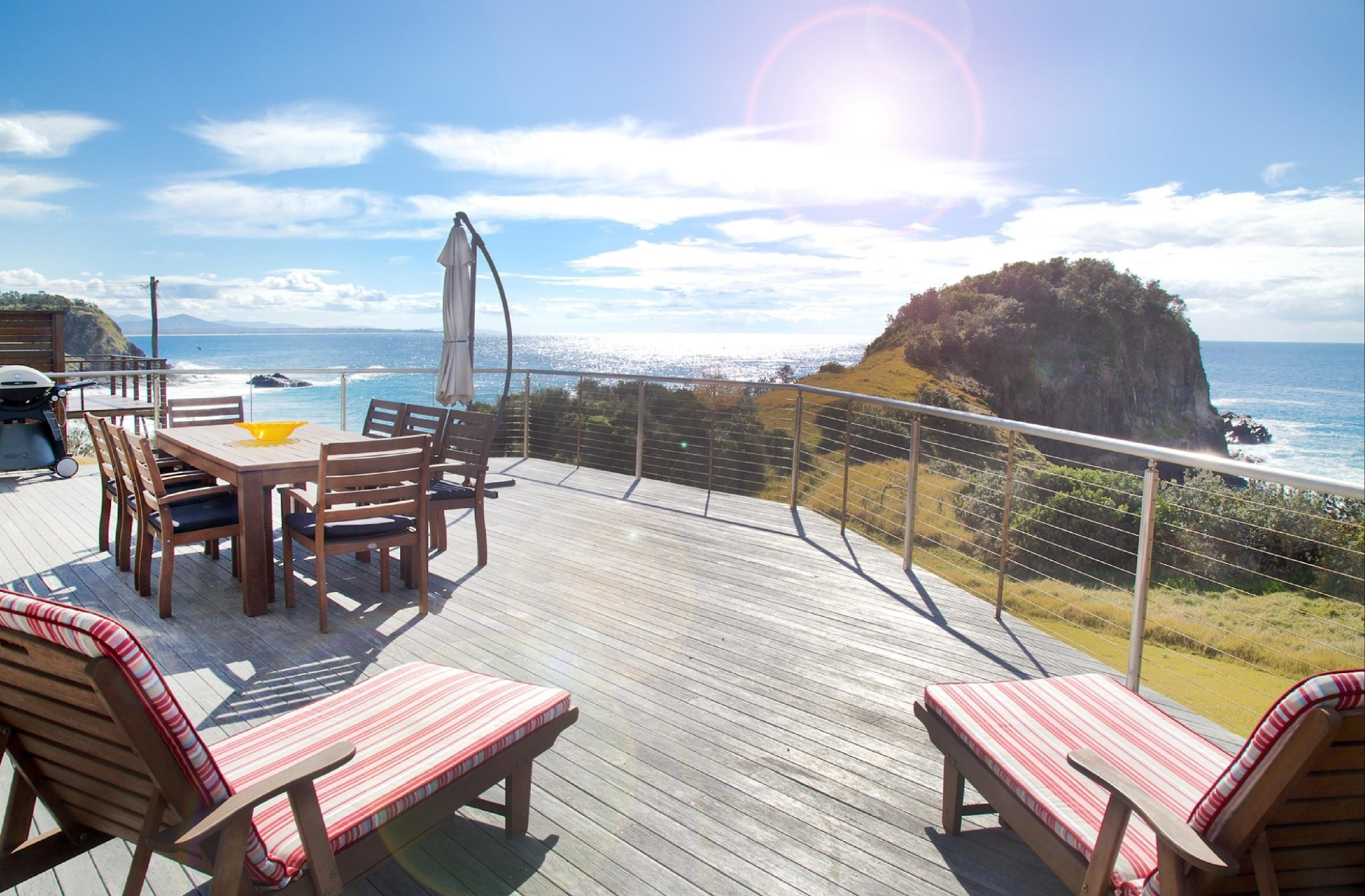 Headlands Beach House - Accommodation in Surfers Paradise