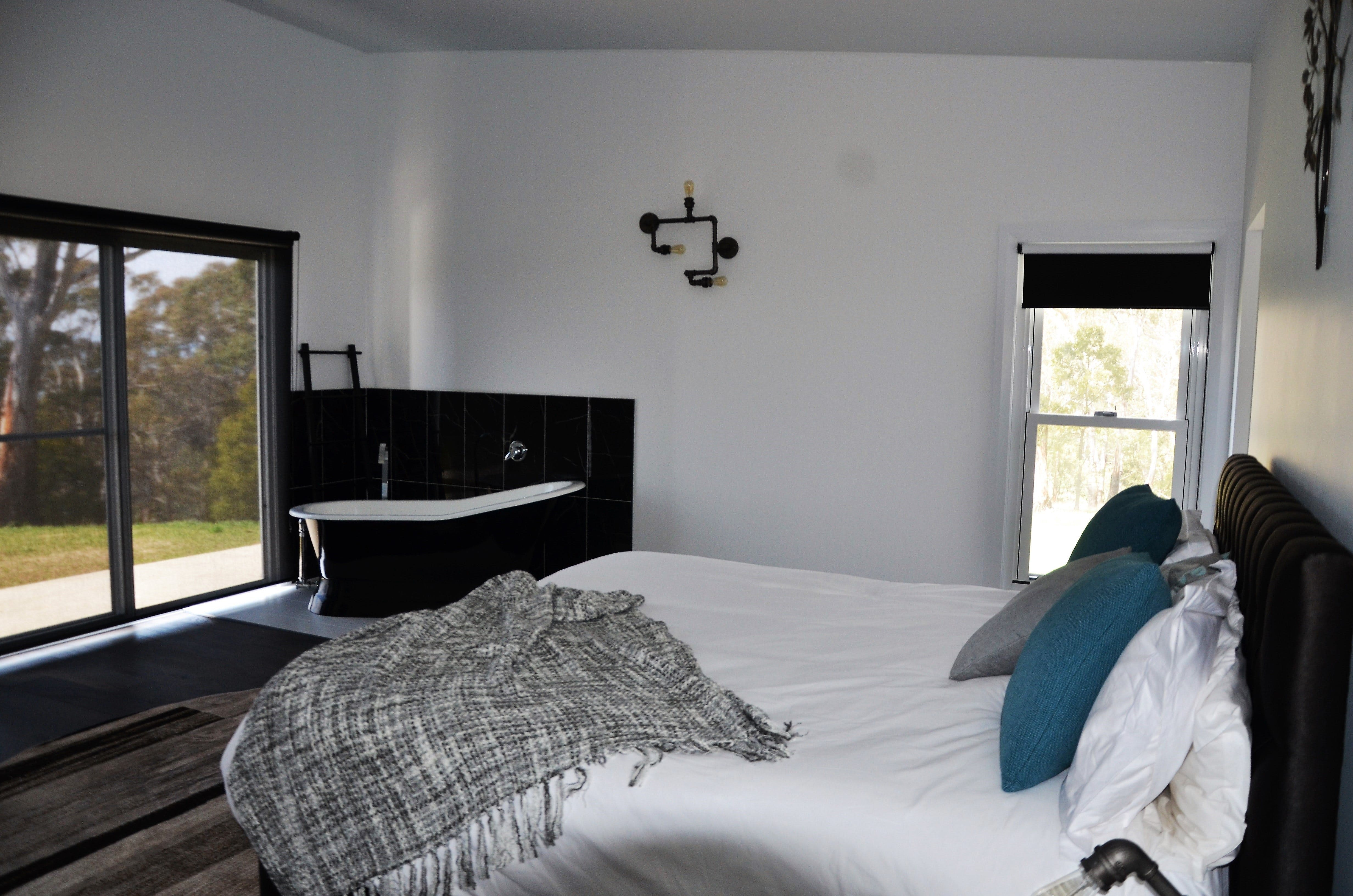 Hickory Moon - Accommodation in Surfers Paradise