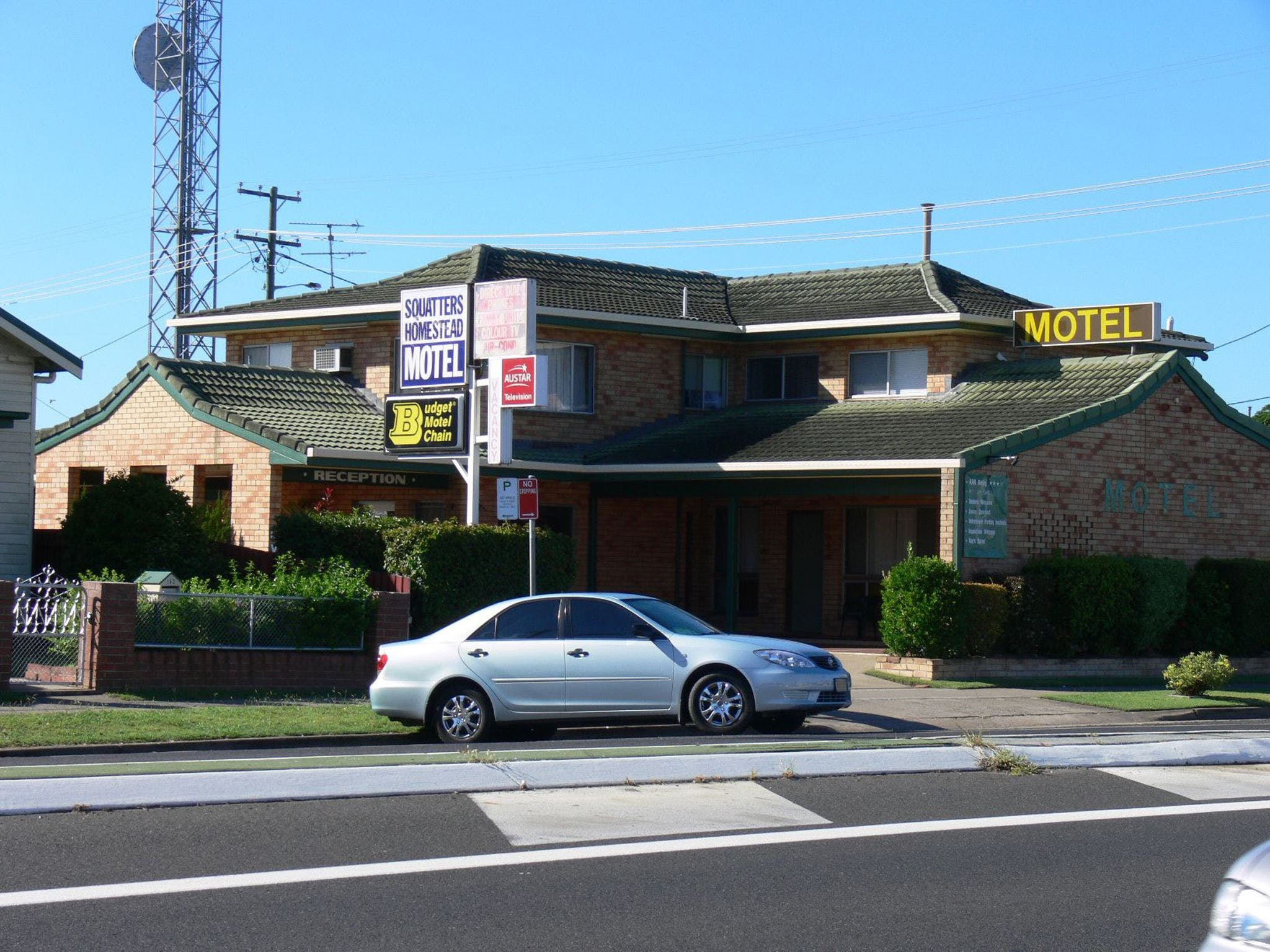 Squatters Homestead Motel - Accommodation in Surfers Paradise