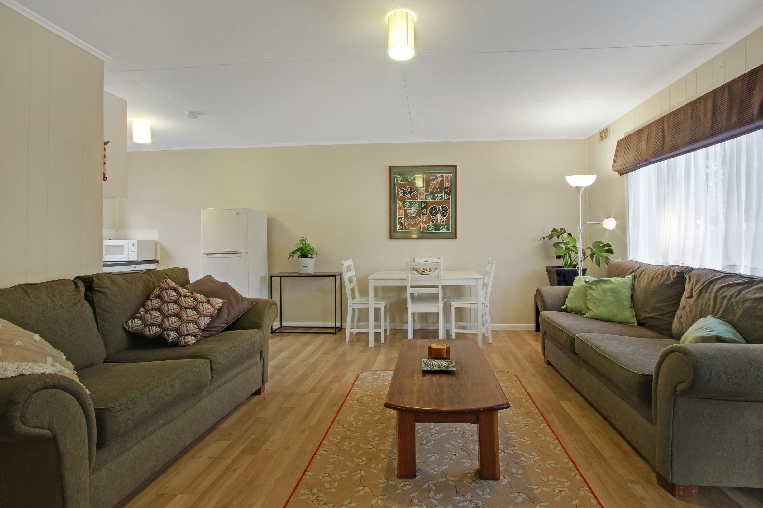 Akora Flats - Accommodation in Surfers Paradise