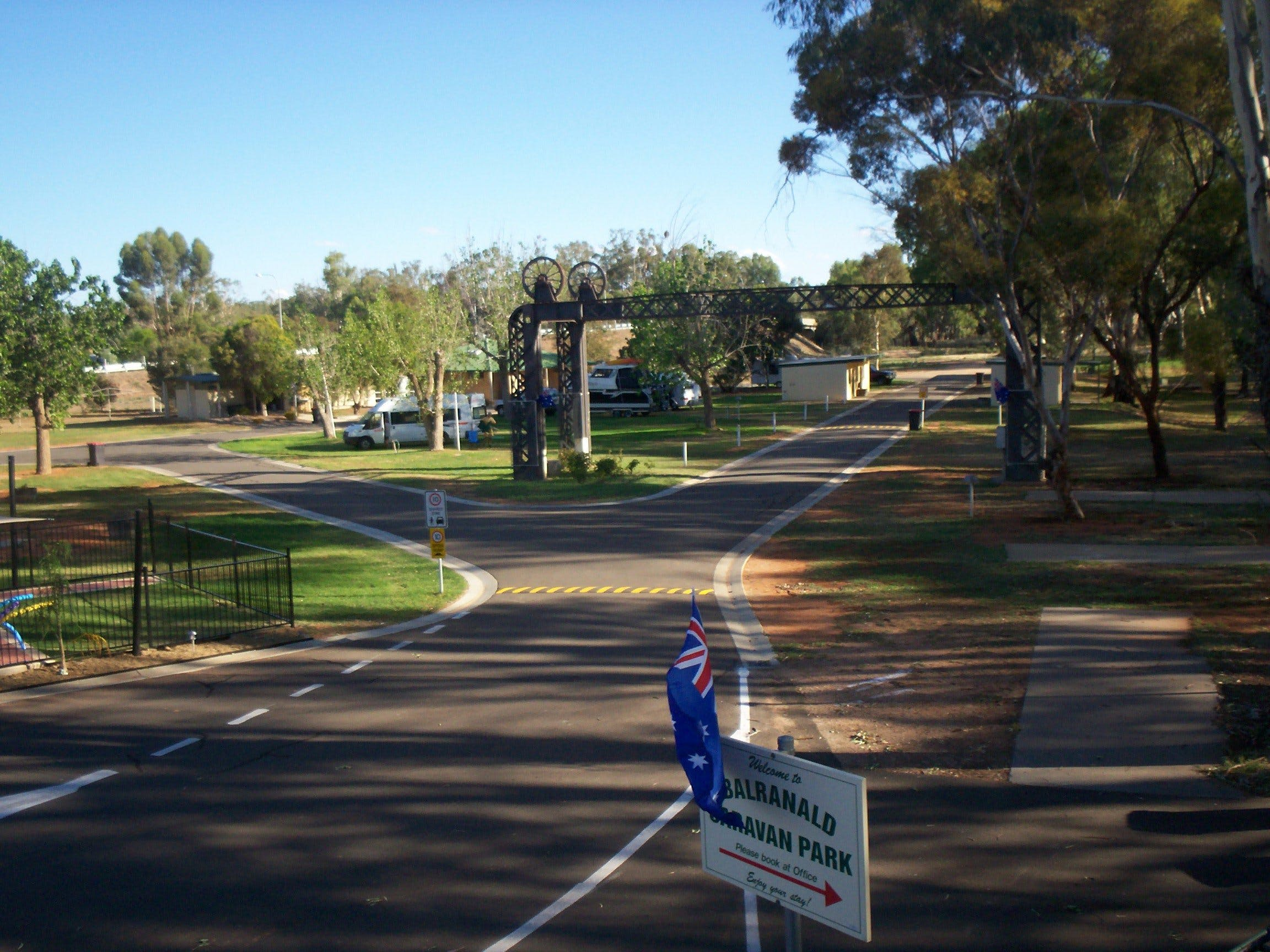 Balranald Caravan Park - Accommodation in Surfers Paradise