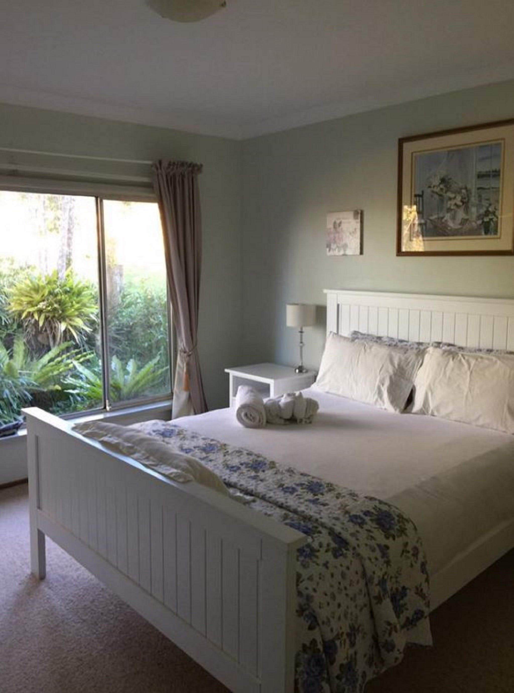 Cascade Cottages - Accommodation in Surfers Paradise
