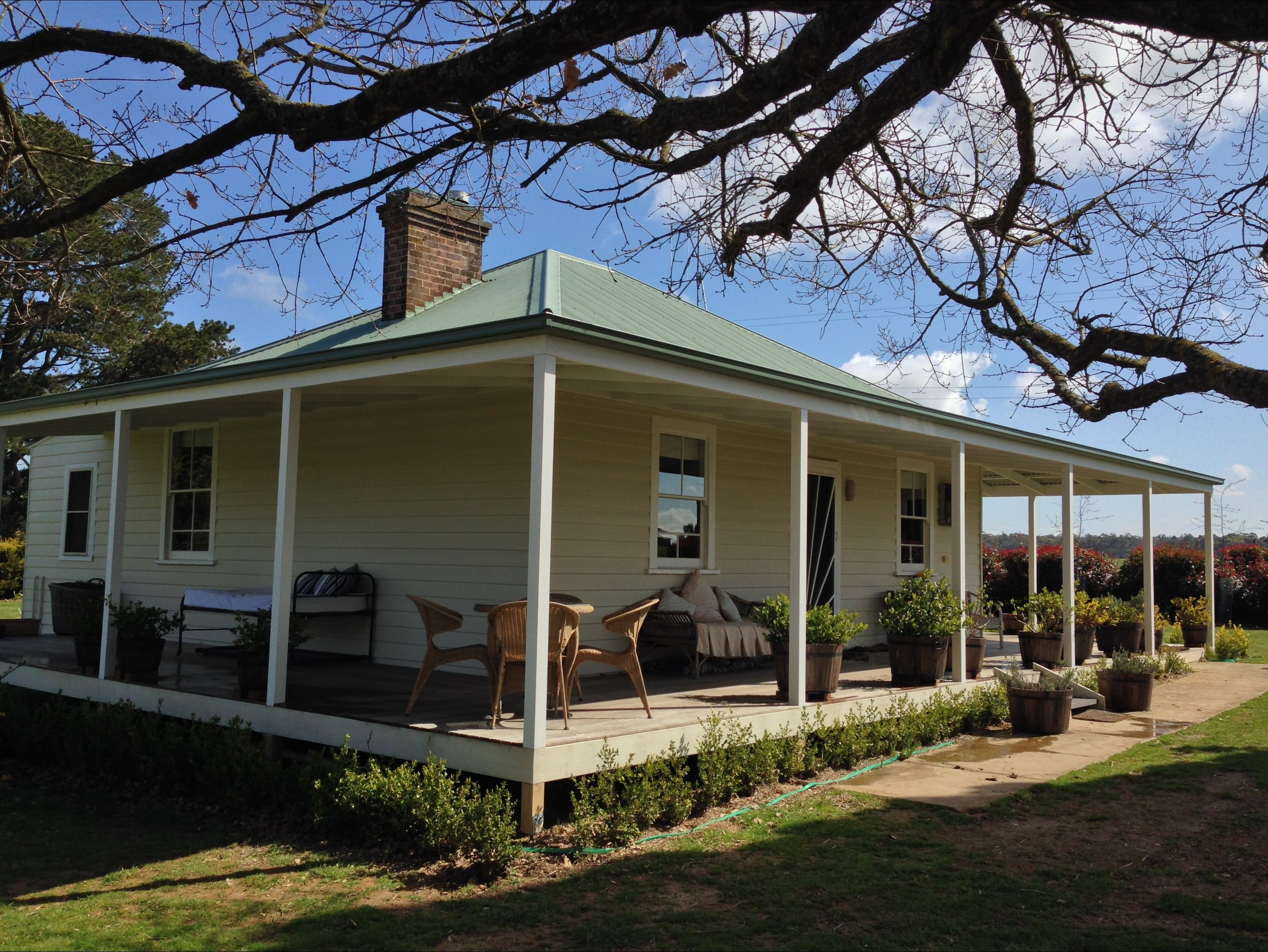 Crookwell Farmhouse - Accommodation in Surfers Paradise