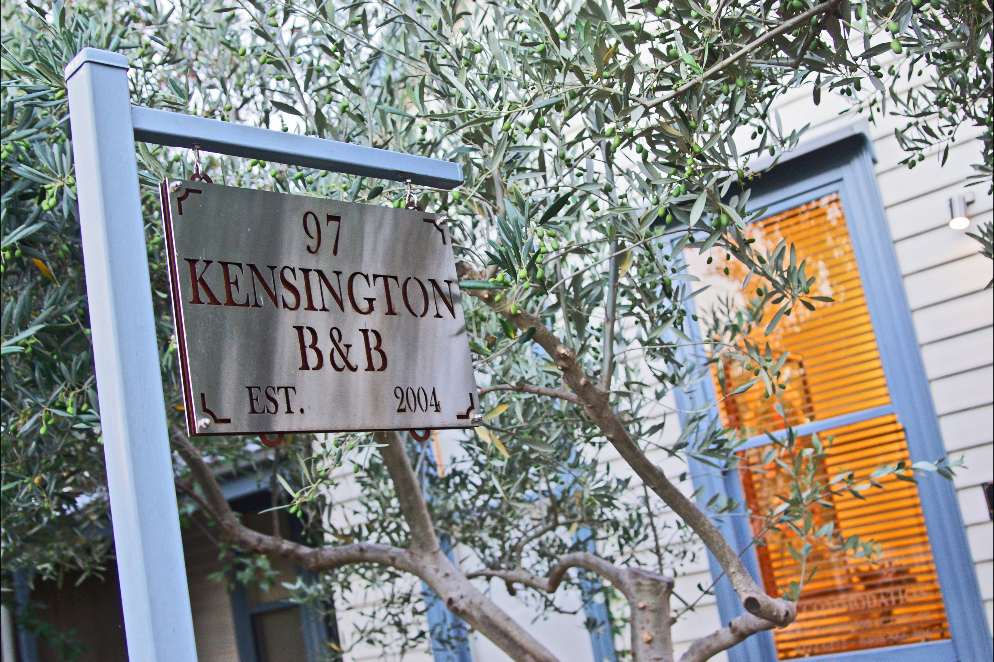 Kensington Bed and Breakfast - Accommodation in Surfers Paradise