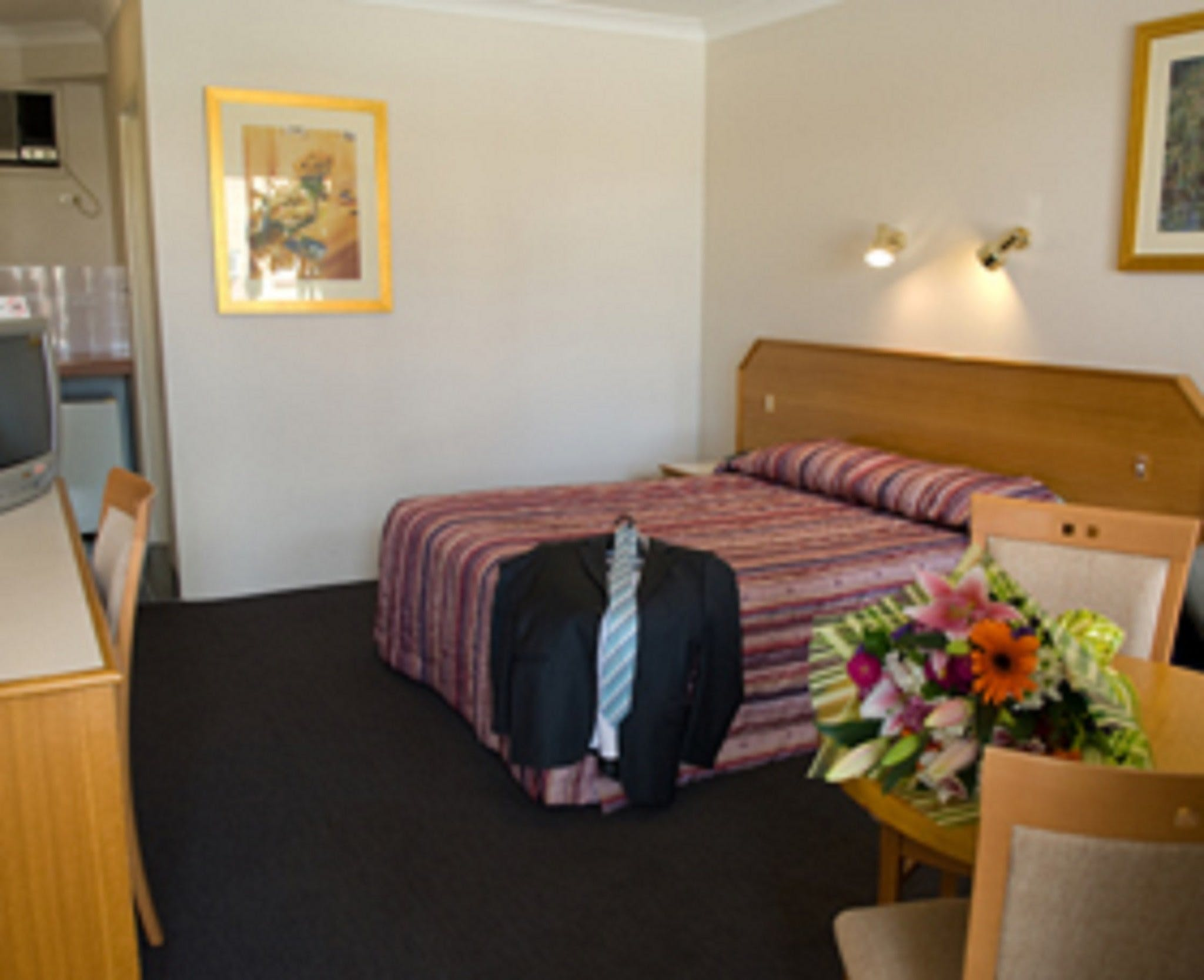 Narellan Motor Inn - Accommodation in Surfers Paradise