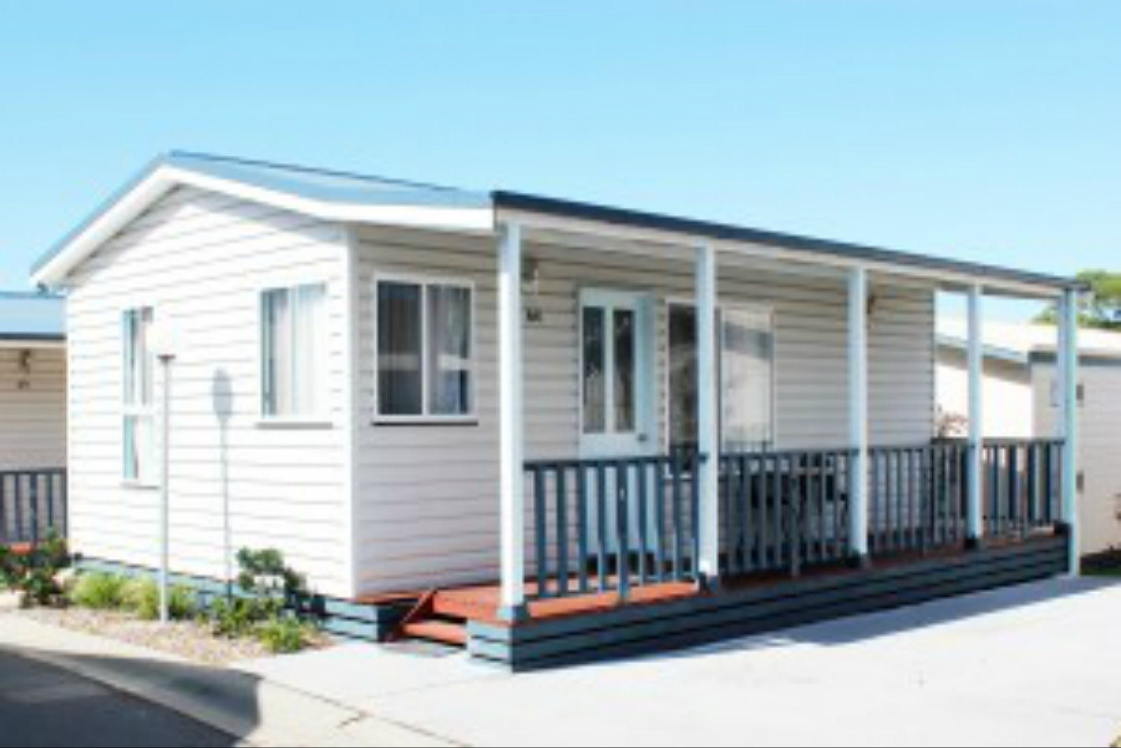 Redhead Beach Holiday Park - Accommodation in Surfers Paradise