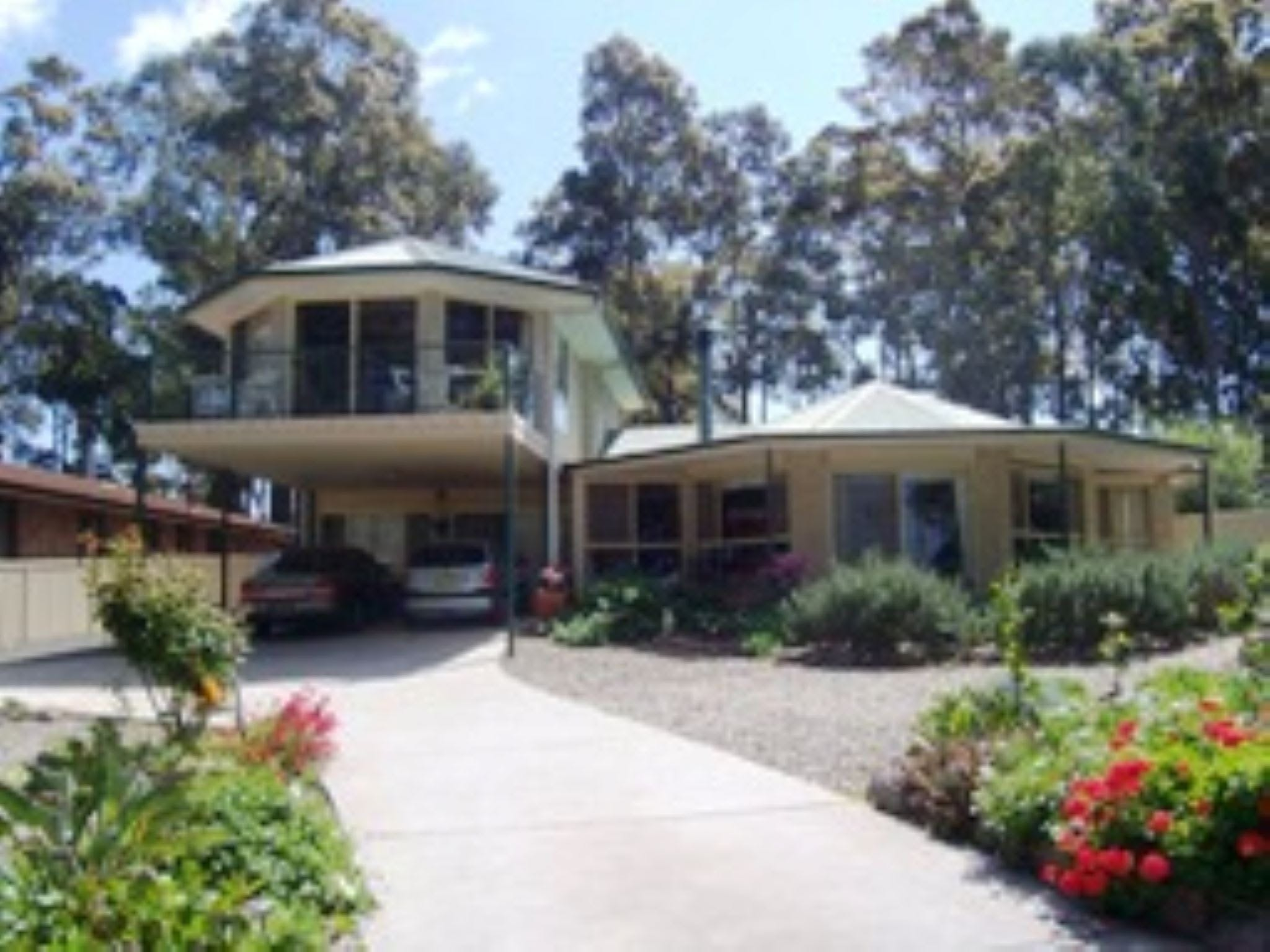 Waterway Lodge - Accommodation in Surfers Paradise
