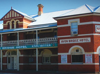 Avon Bridge Hotel - Accommodation in Surfers Paradise