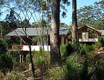 Grass Trees Escape - Accommodation in Surfers Paradise