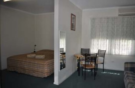 Back Obourke Accommodation - Accommodation in Surfers Paradise