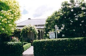 Bowral Cottage Inn - Accommodation in Surfers Paradise