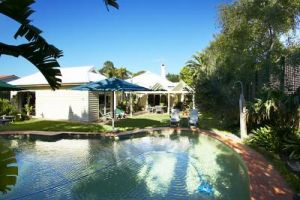 Waratah Brighton Boutique Bed And Breakfast - Accommodation in Surfers Paradise