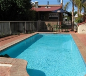 Old Willyama Motor Inn - Accommodation in Surfers Paradise