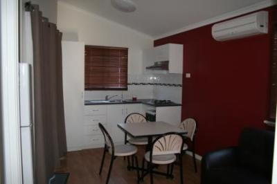Riverside Cabin Park - Accommodation in Surfers Paradise