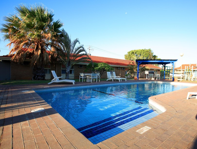 Best Western Hospitality Inn Carnarvon - Accommodation in Surfers Paradise