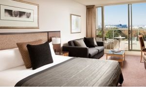 Quay West Suites Melbourne - Accommodation in Surfers Paradise