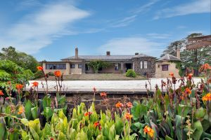 Eurambeen Historic Homestead and Gardens - Accommodation in Surfers Paradise