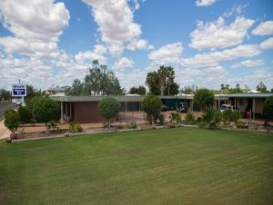 Quilpie Motor Inn - Accommodation in Surfers Paradise