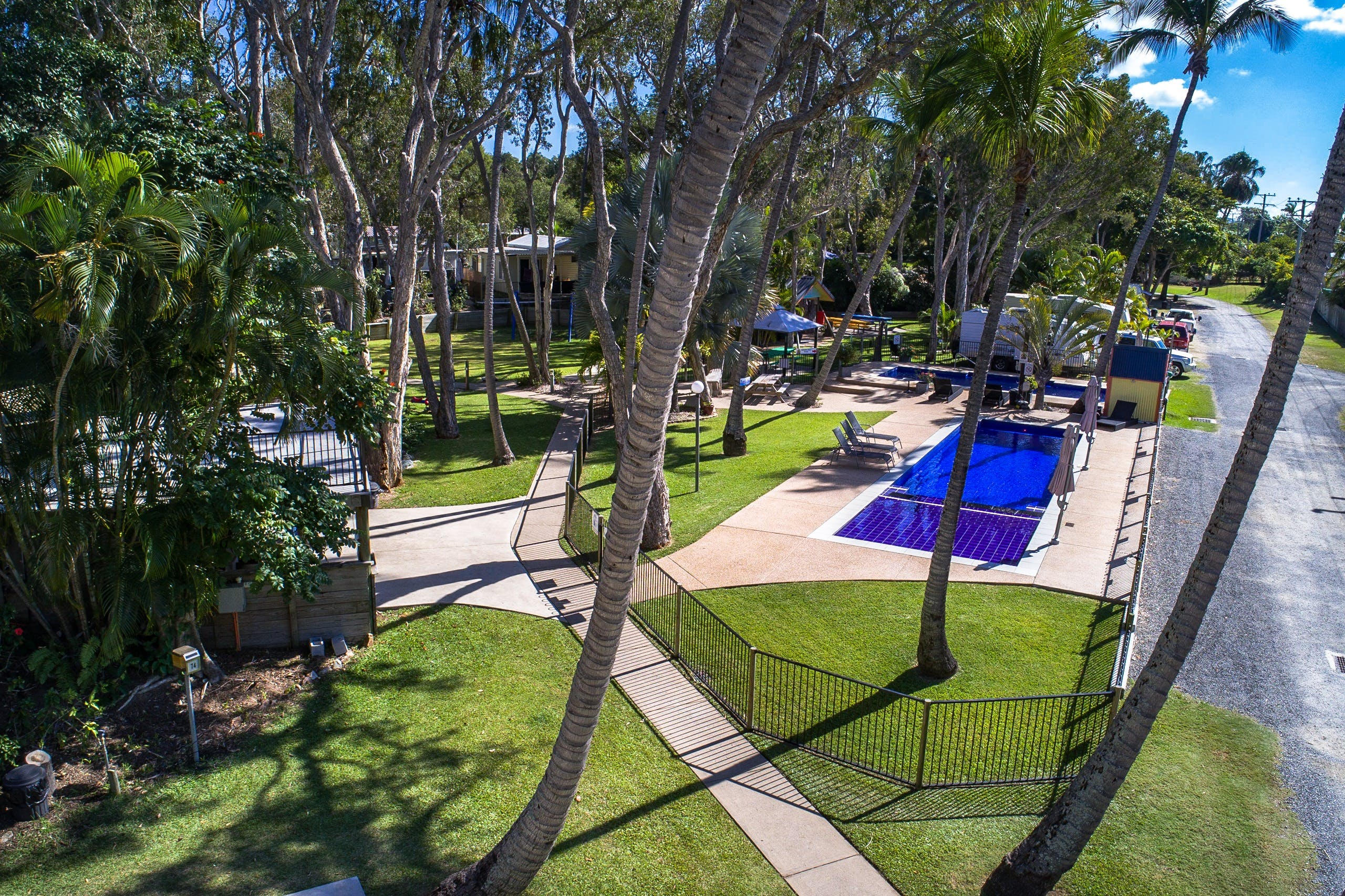 Island View Caravan Park - Accommodation in Surfers Paradise