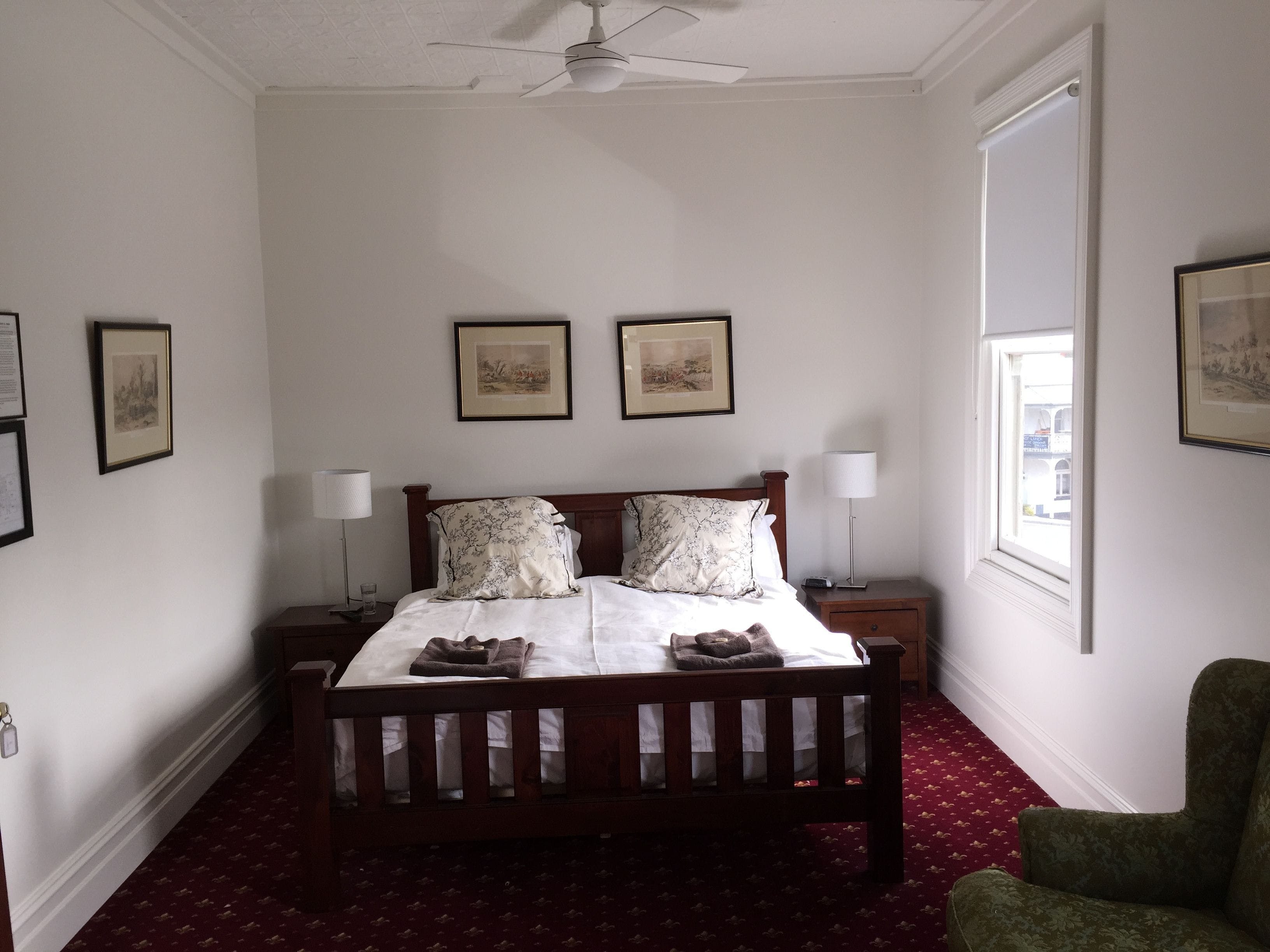The Corner Hotel Alexandra - Accommodation in Surfers Paradise