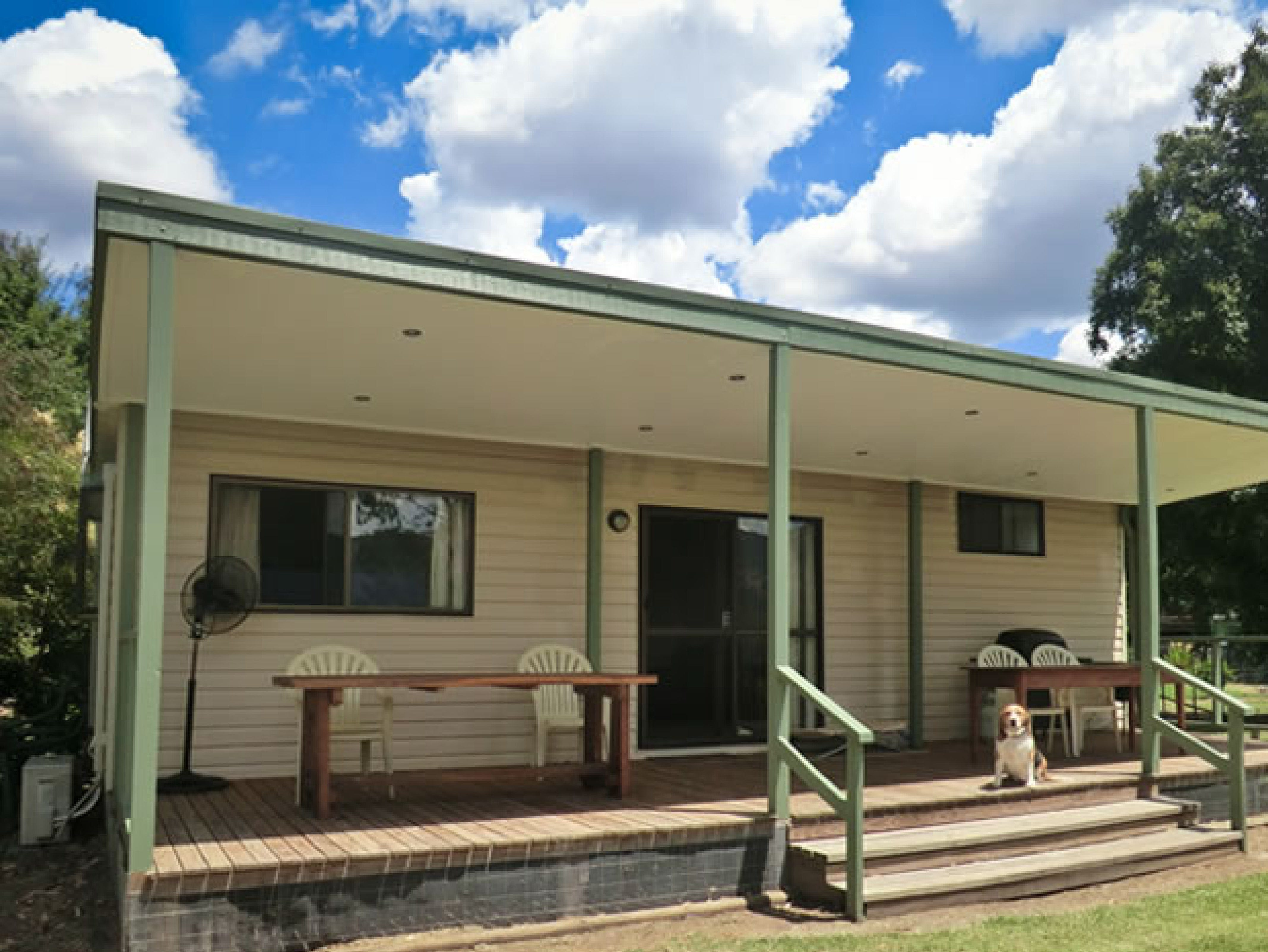 Talmalmo Cottage - Accommodation in Surfers Paradise